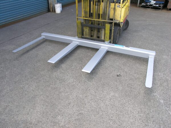 FS2.5 Fork Spreader Forklift Attachment